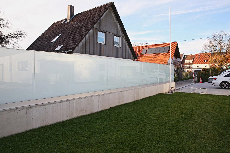 Der Zaun aus Glas